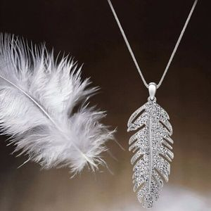 Silver Feather Leaf Crystal Pendant Necklace NWT